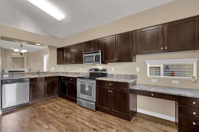 7216 Indian River Dr Colorado-small-013-11-Kitchen-666x445-72dpi.jpg