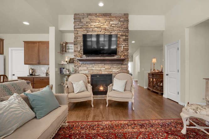 4544 Portillo Place Colorado-small-013-7-Living Room-666x445-72dpi.jpg