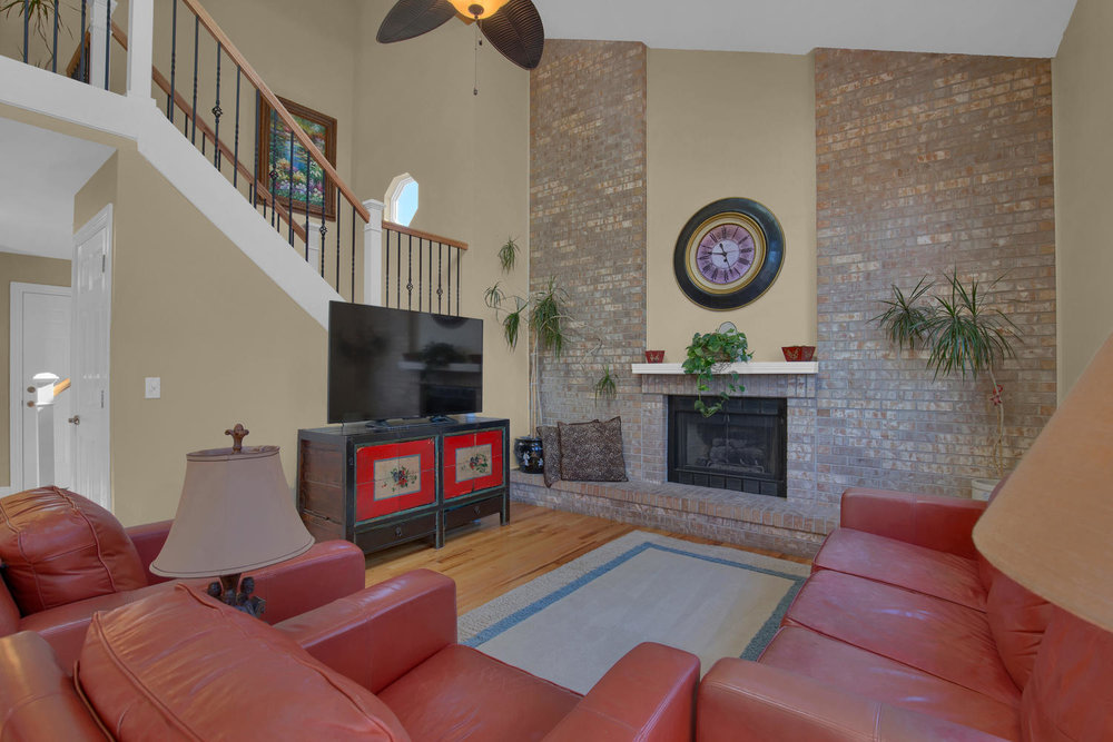 7495 Hickorywood Dr Colorado-large-025-32-Family Room-1500x1000-72dpi.jpg