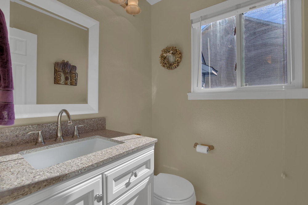 7495 Hickorywood Dr Colorado-large-028-41-Bathroom-1500x1000-72dpi.jpg