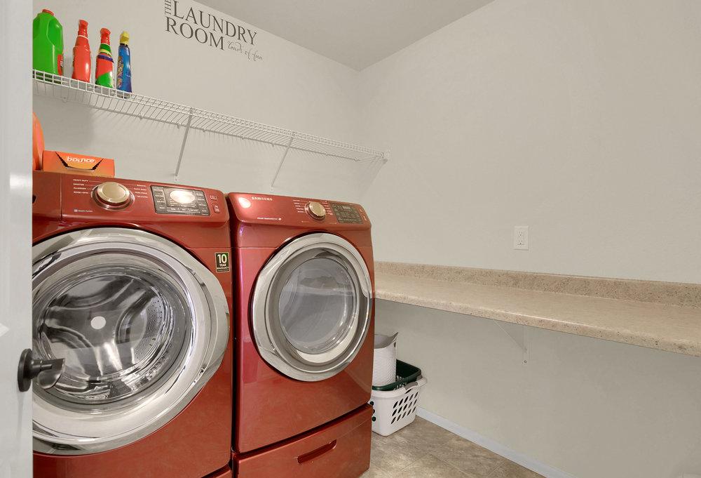 6250 San Mateo Dr Colorado-print-024-18-Laundry-2739x1865-300dpi.jpg
