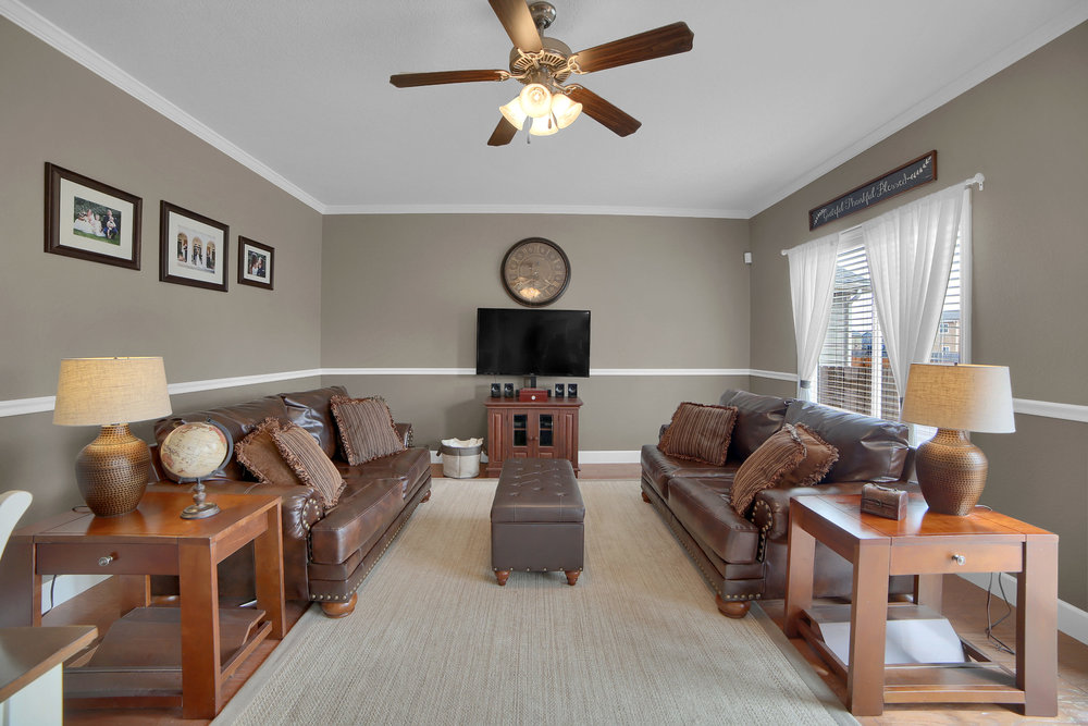 10421 Desert Bloom Way-print-007-23-Family Room-3648x2432-300dpi.jpg
