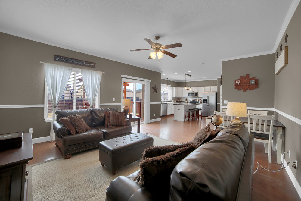 10421 Desert Bloom Way-print-008-24-Family Room-3648x2432-300dpi.jpg