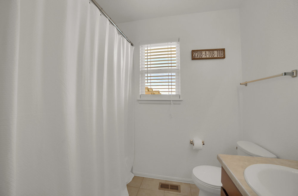 10421 Desert Bloom Way-print-018-11-Bathroom-3648x2402-300dpi.jpg