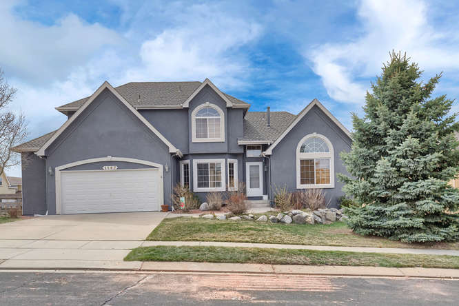 1147 Meadow Oaks Dr Colorado-small-009-44-Exterior Front-666x445-72dpi.jpg