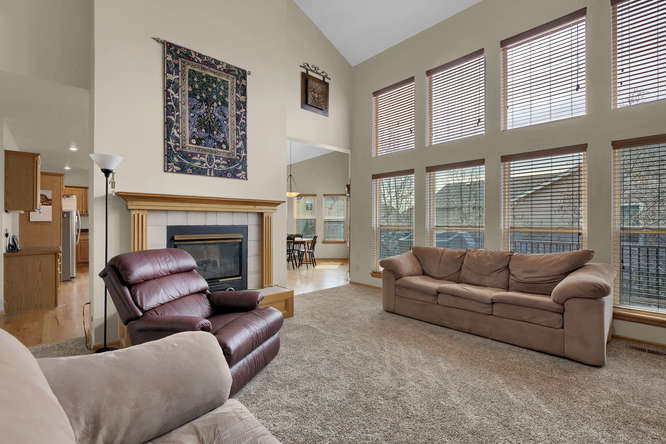1147 Meadow Oaks Dr Colorado-small-014-23-Living Room-666x445-72dpi.jpg