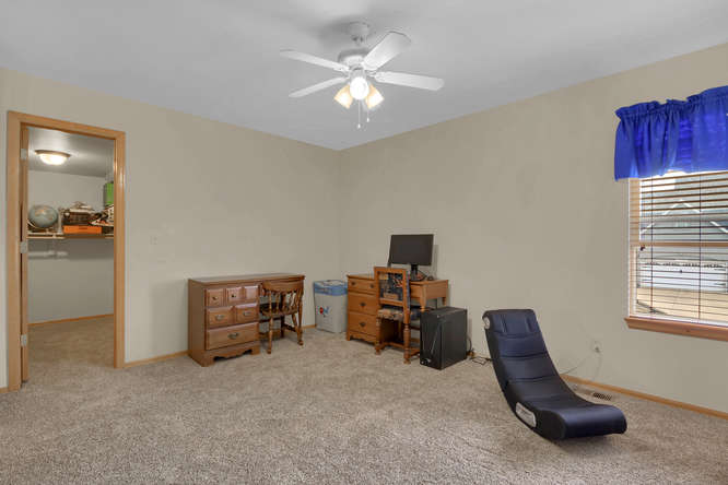 1147 Meadow Oaks Dr Colorado-small-029-10-Bedroom-666x445-72dpi.jpg
