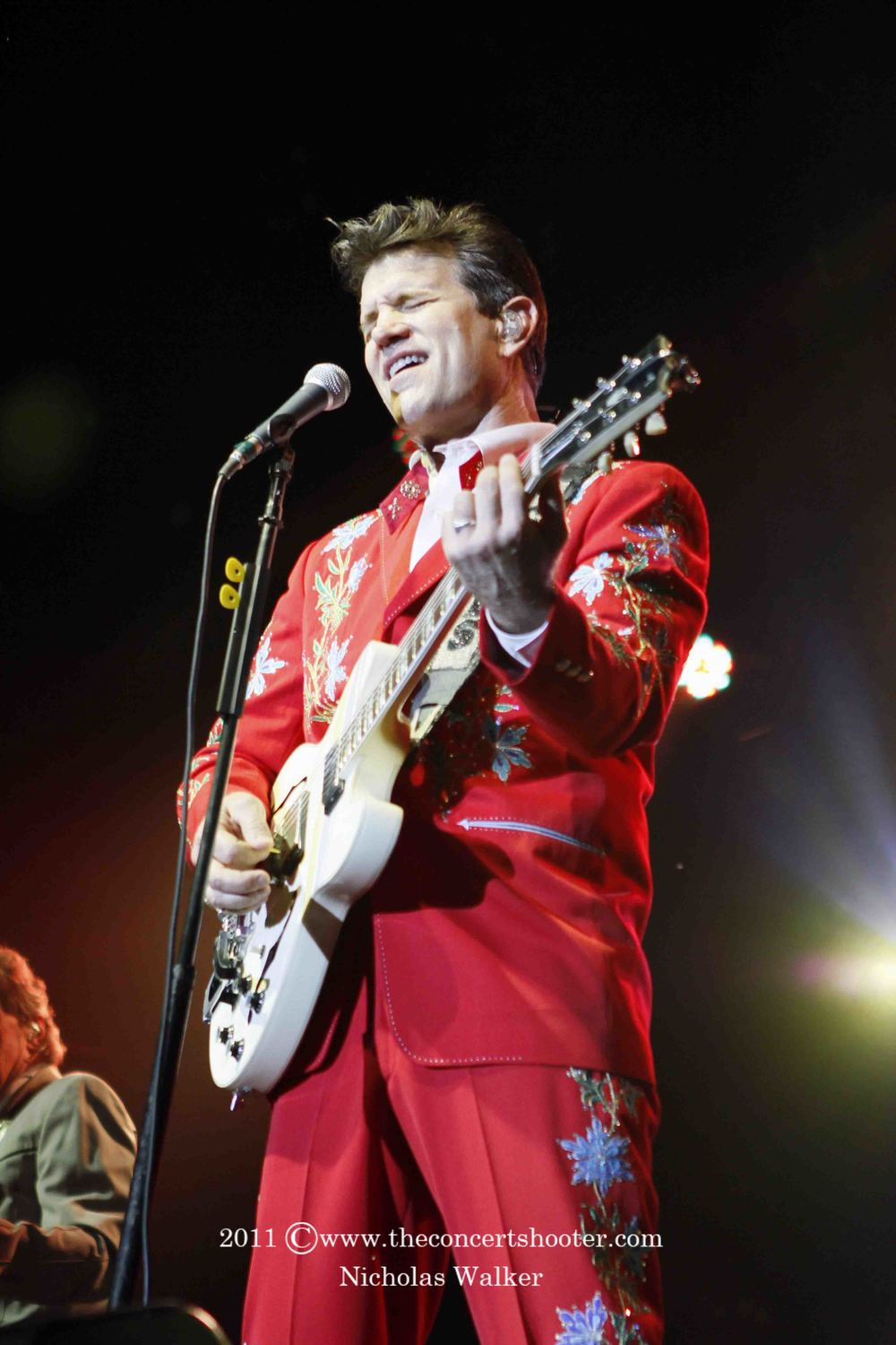 Chris Isaak (14).JPG