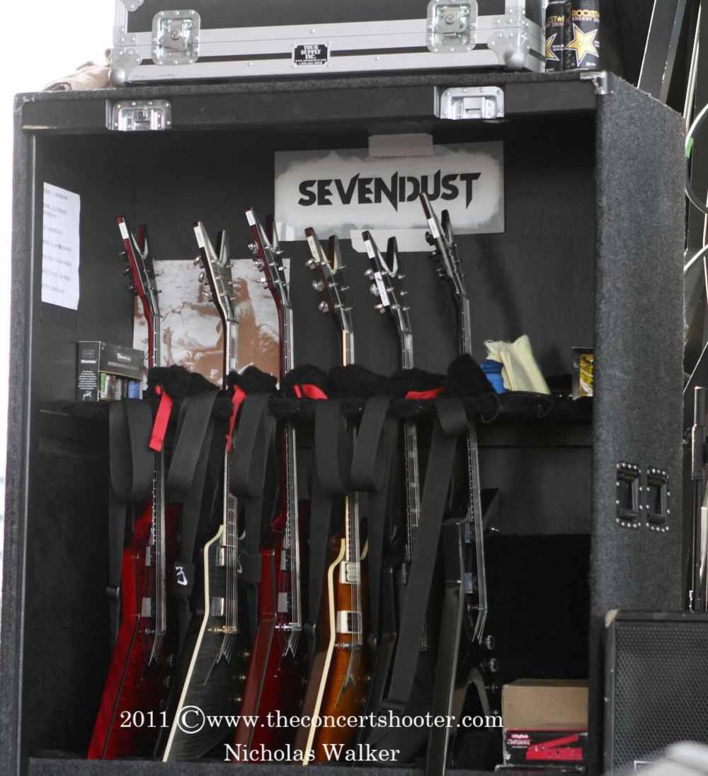 Sevendust (2).JPG