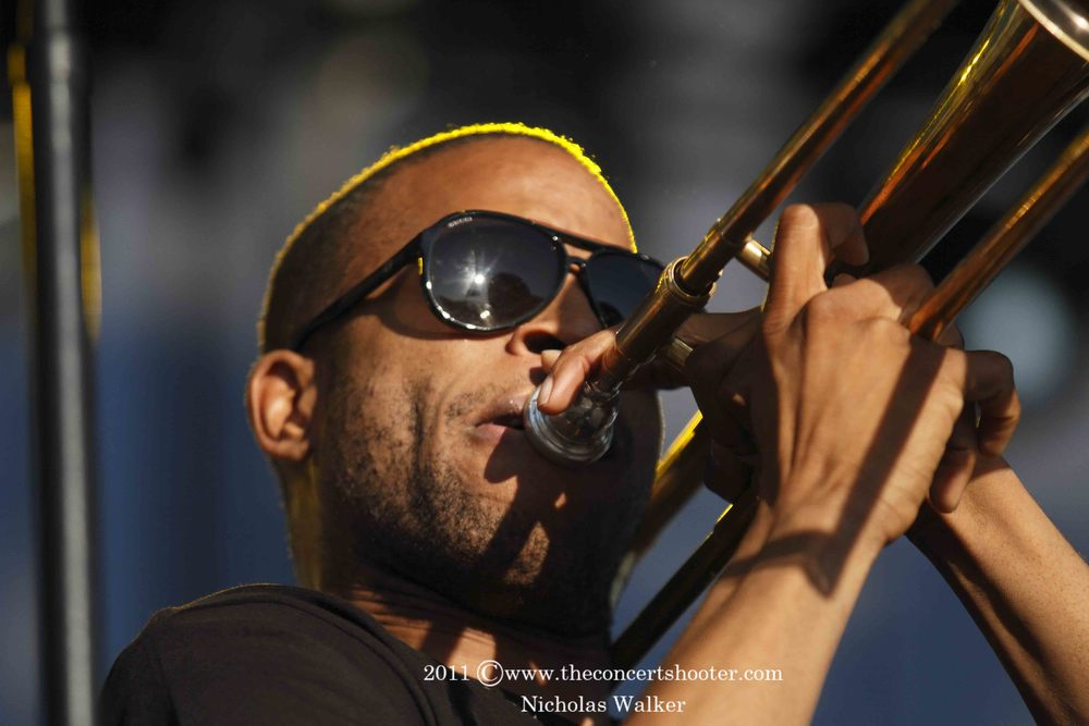 Trombone Shorty and The Orleans Avenue (1).JPG