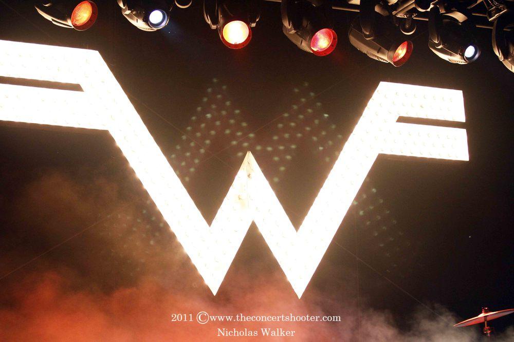 Weezer (1).JPG