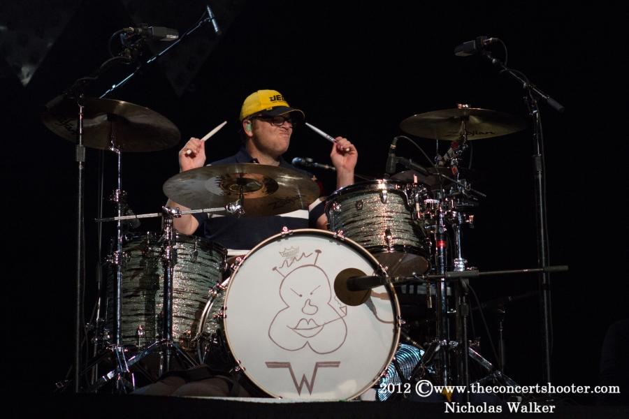 Weezer_HRL_Orlando_11-10-12_111.jpg