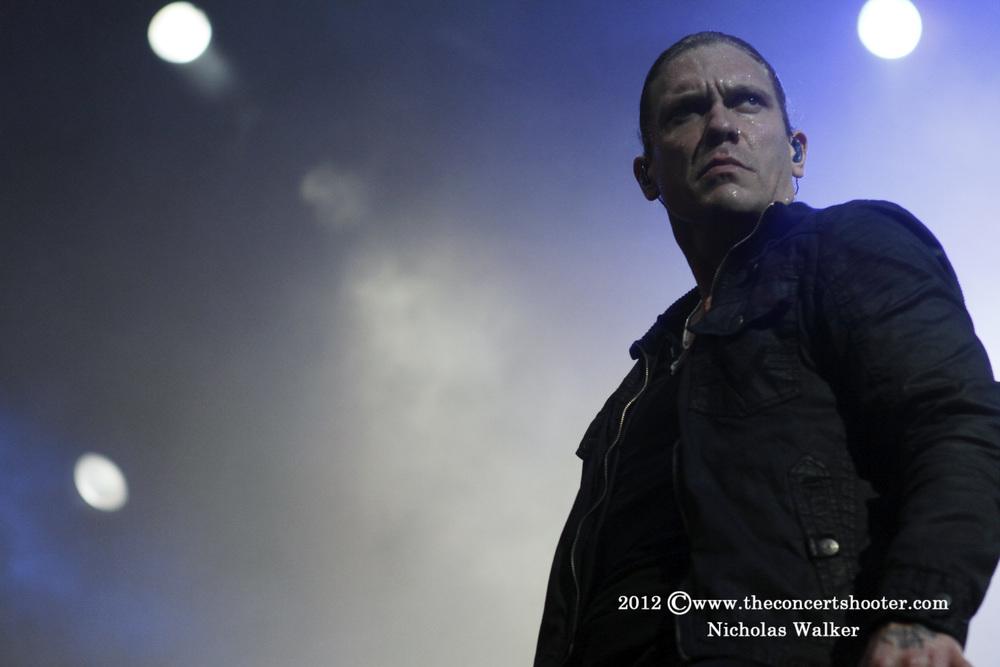 Shinedown_Rockstar_Uproar_Tampa_9-13-2012_003.jpg