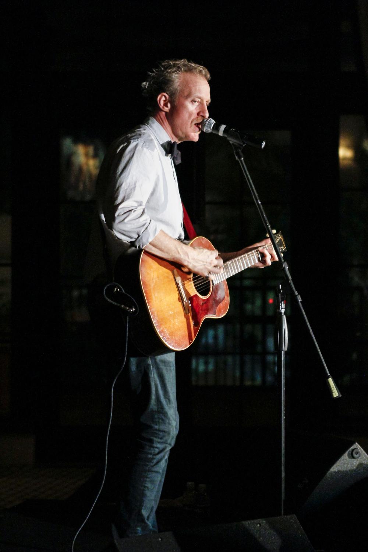 Chris_Barron_of_Spin_Doctors_Velvet_Unplugged_Orlando_11-9-2011_024.jpg
