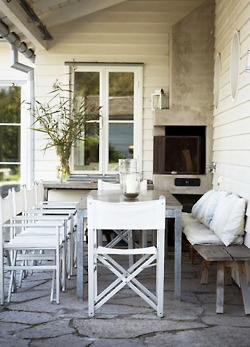 Long table dining {image via pinterest}