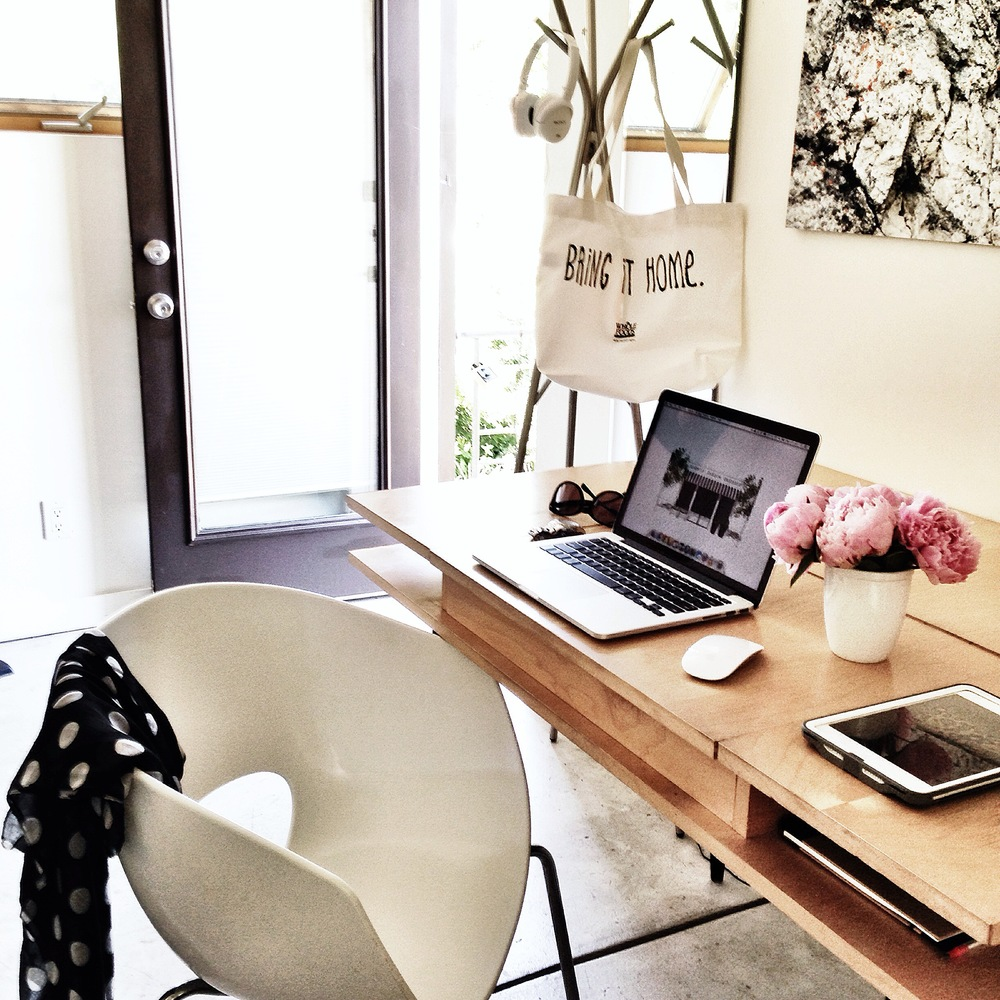 I have always love the idea of being able to work remote, anywhere around the world. This is my first digital nomad office in our home away from home.