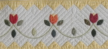 Quilts Loopy Tulips Block.jpg