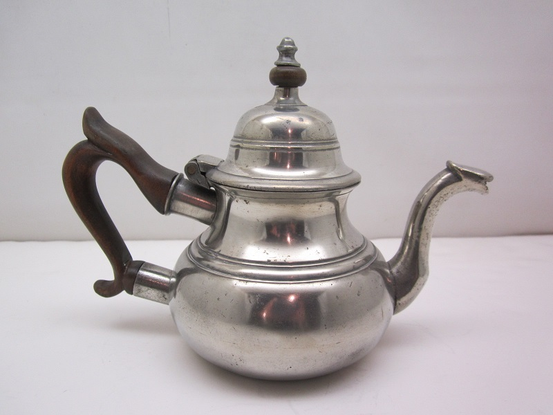 Townsend Queen Anne Teapot Item #57
