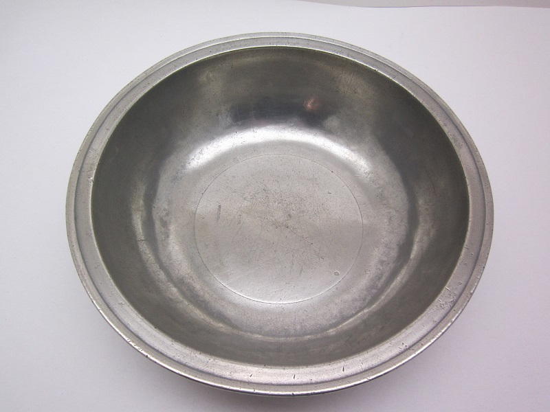 "11"" American 'Love' Basin  Item #5-128-277"