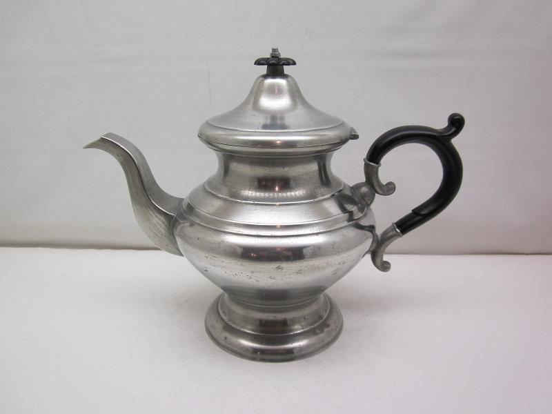 James Putnam Teapot  Item #100