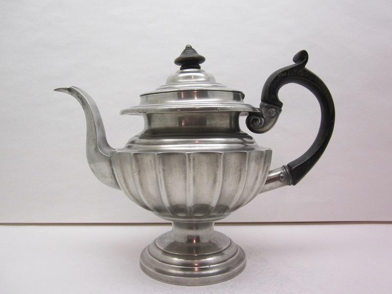 1834 teapot item #7-253