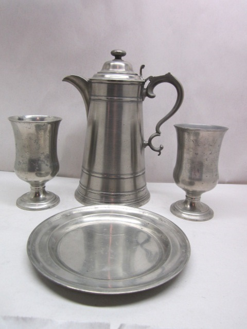 william calder communion set item #br-760