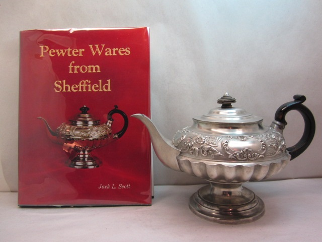 well known sheffield teapot item #8-842