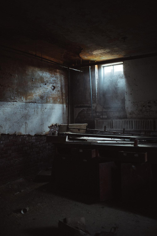 021-Abandoned_School.jpg