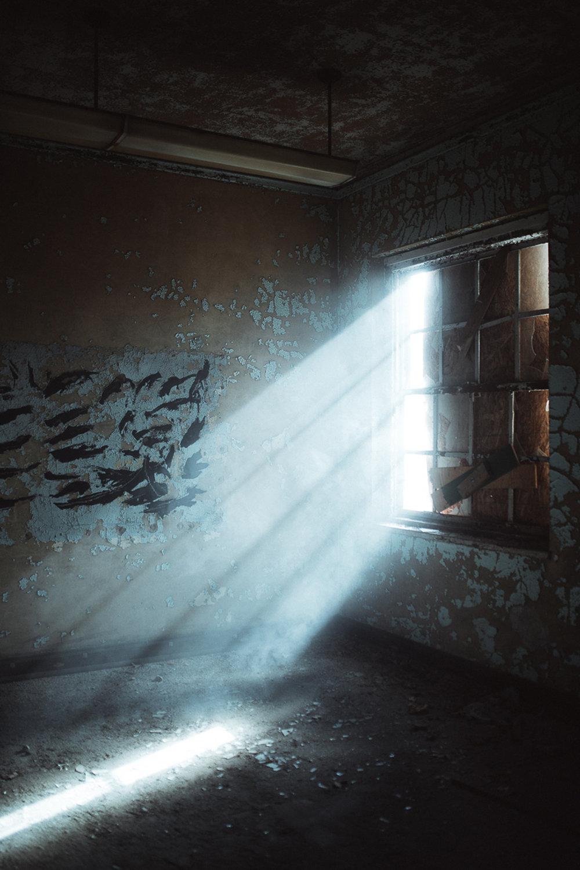 024-Abandoned_School.jpg