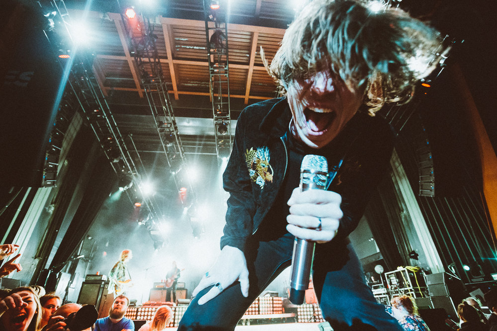 CAGE_THE_ELEPHANT-3.jpg