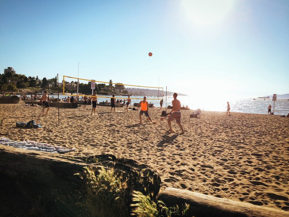 Kitsilano-Beach-volley
