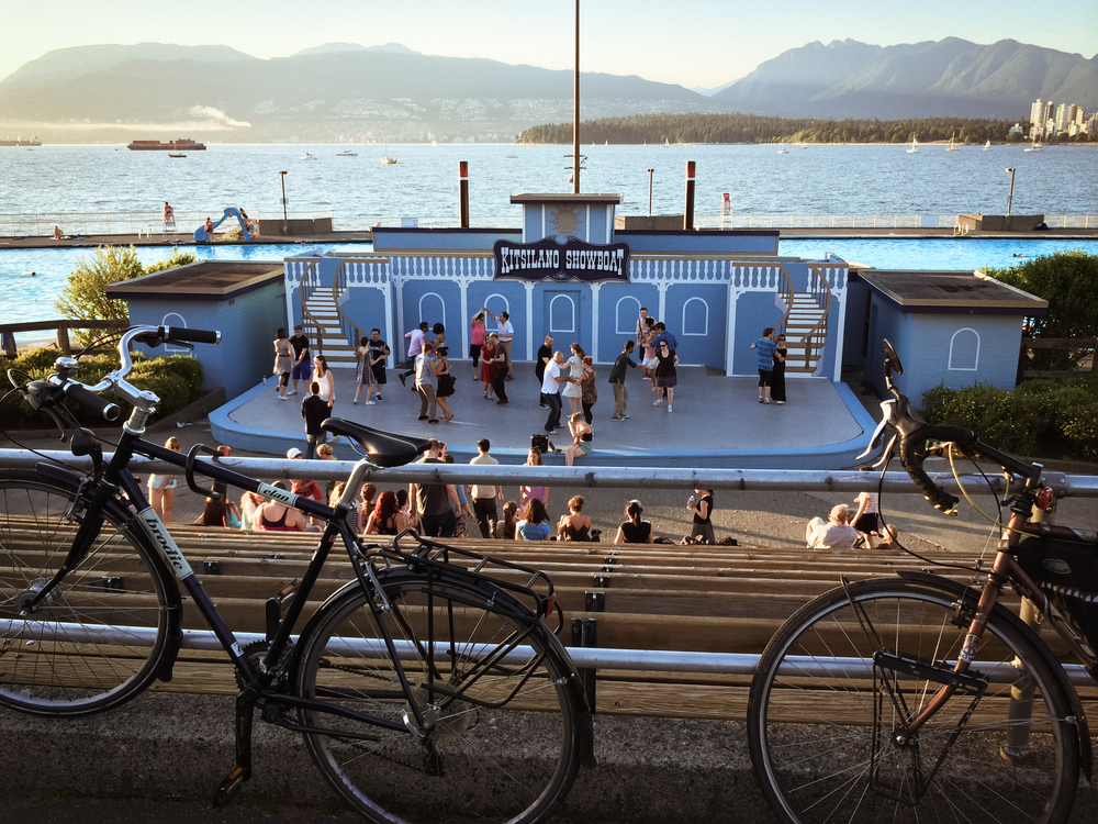 Kitsilano-Beach-Showboat-Dancing