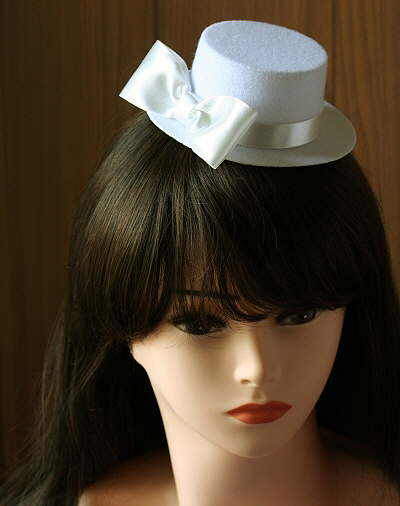 727wh-bridal-white-mini-top-hat-satin-bow-wedding-hens-fascinator-moulin-rouge-burlesque-party.JPG