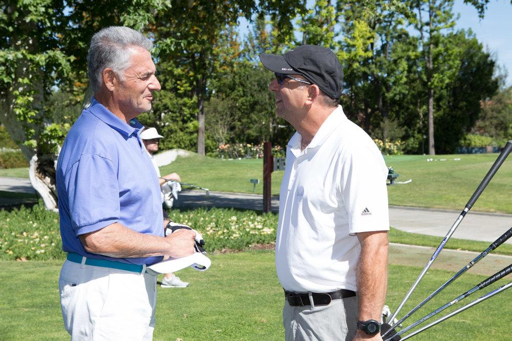 IMG_7769-Ron & golfer.jpg