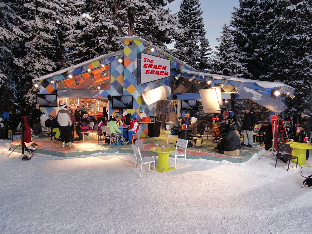Cloud 9 centers around the lives of a group of young snow boarders who hang out and compete at the fictional ski resort Summit Valley. This is the snack shack at the bottom of the snow board half pipe.
