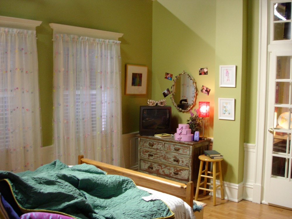 Jamie's bedroom stage set.