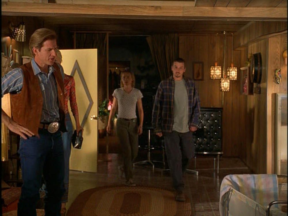 Another view of the cast (Matthew Modine, Anna Gunn, Radha Mitchell, Skeet Ulrich) in Sonny's trailer Interior stage set.