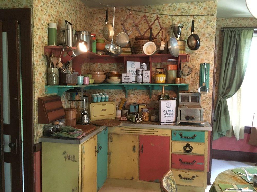 Another view of Zed's (Milo Manheim) kitchen.