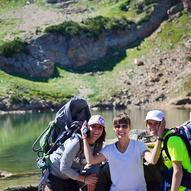 When in Utah the best thing to do is to play in the mountains with your besties and their kids! @melgolden @natmerrill thanks for being the best! @spencerhyde