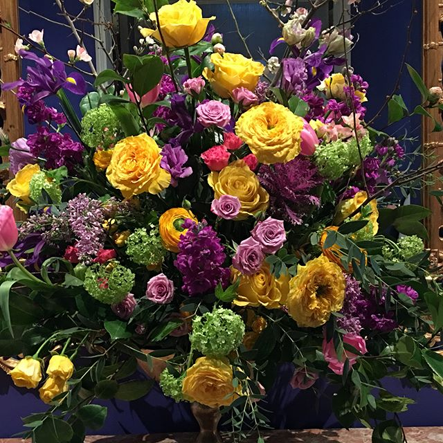 Penthouse worthy florals for Chris' 50th Birthday Bash! @fairmontsanfrancisco @sagemcrae @alexsf @lil198