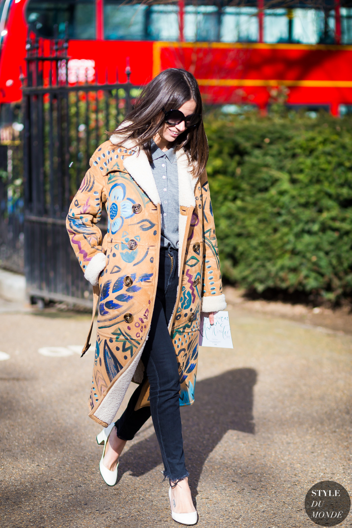 Natasha Goldenberg in a Burberry Prorsum coat,  via Style du Monde.