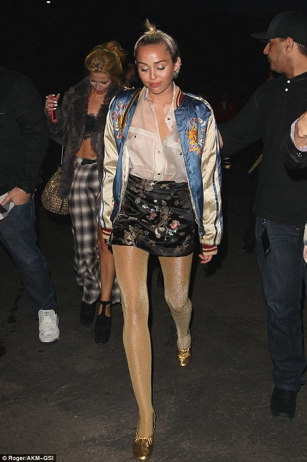 My gurl Miley rocking a printed style / Via  Daily Mail