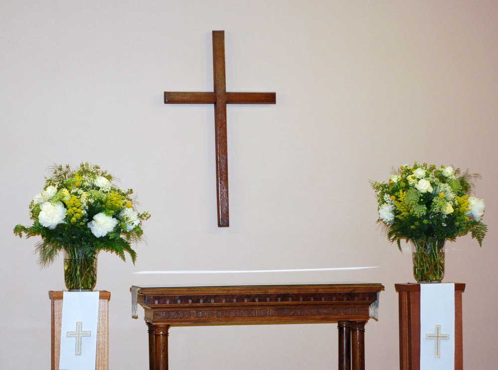 Floral Design by Lili, Church arrangements