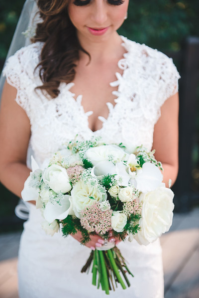 Classic Bridal Bouquet by Floral Design by Lili, Vancouver Florist, British Columbia. Image by Stephen K Lee Photography