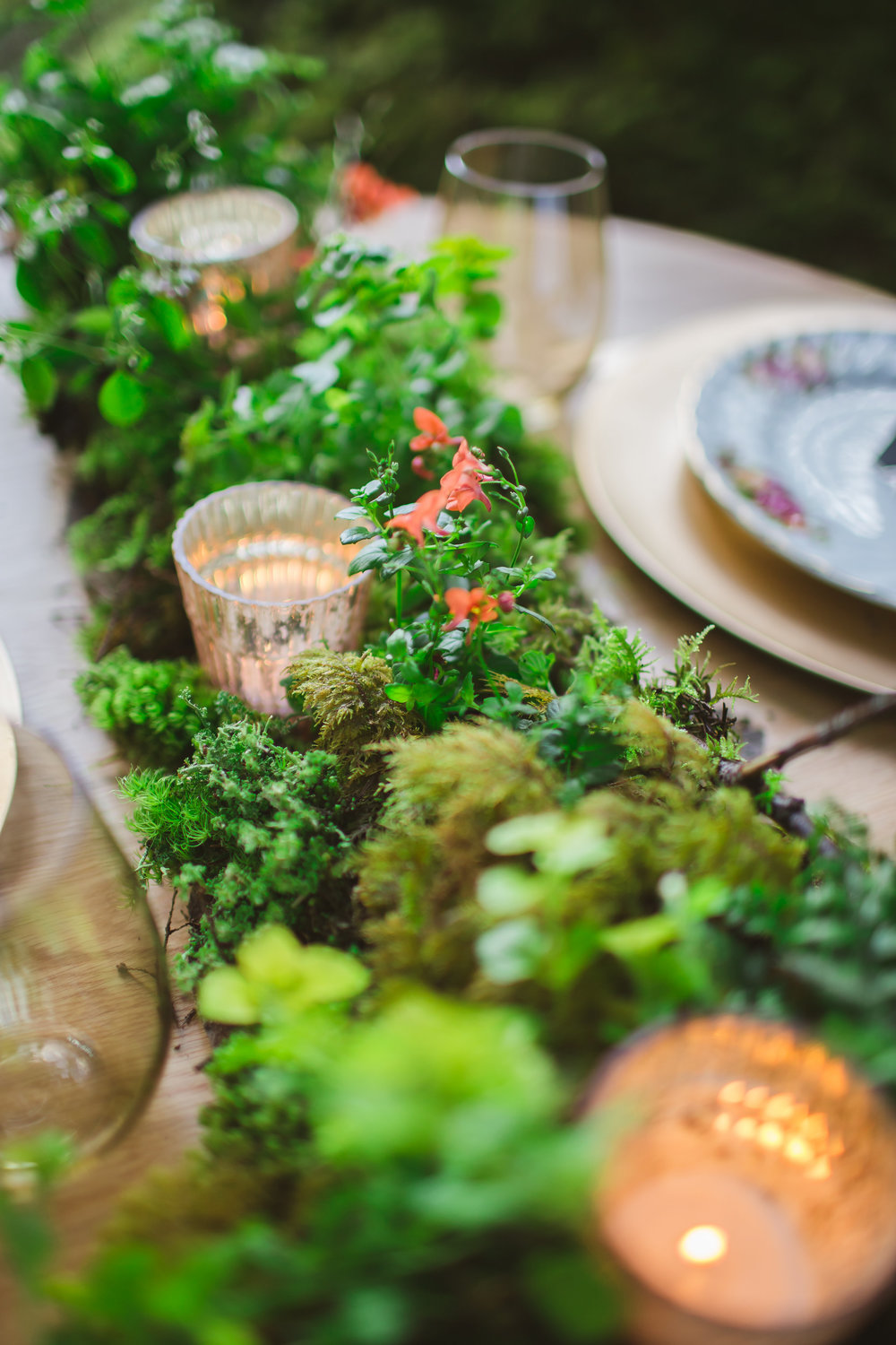 Woodland or Bohemian style centerpiece by Floral Design by Lili, Abbotsford Wedding Florist. Image by Rachel Barkman Photography