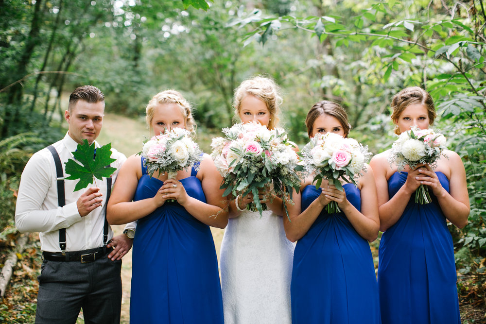 Bridesmaids with their summer bouquets, by Abbotsford wedding florist, Floral Design by Lili