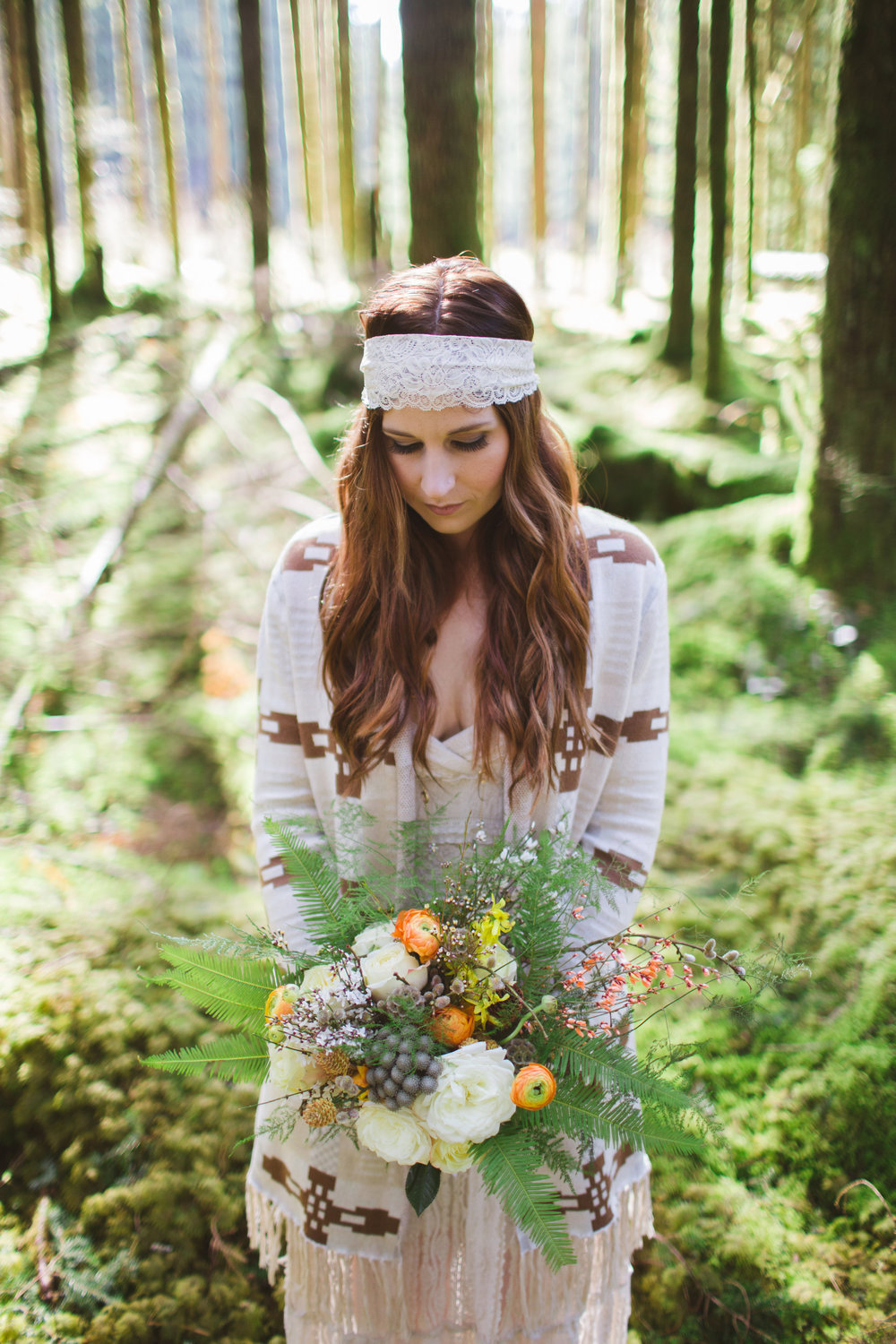Vancouver Bohemian wedding style by Floral design by Lili , Image by Rachel Barkman