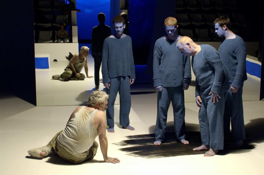 Sófocles, Filoctetes (versão de Frederico Lourenço, encenação de Luís Miguel Cintra), Teatro da Cornucópia, 2007