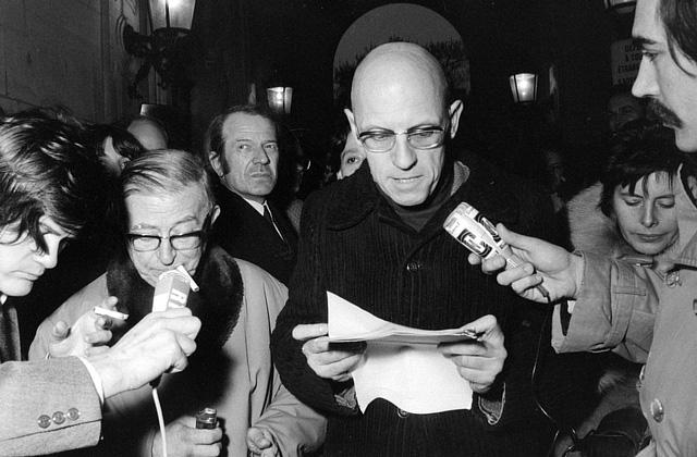 Jean-Paul Sartre e Michel Foucault em 1972