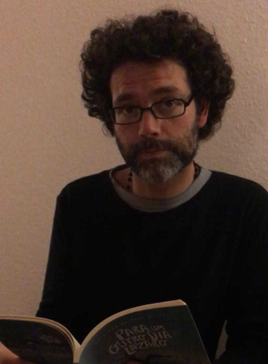 "Fernando Machado Silva lê ""Terceira carta de Hamburgo"""
